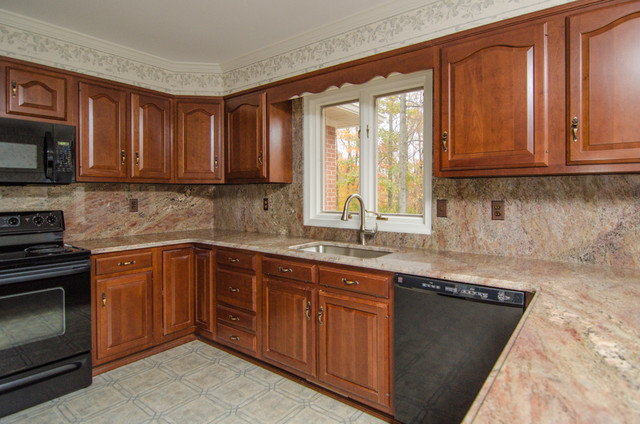 Crema Bordeaux Granite with Full Backsplash Traditional  : traditional kitchen from www.houzz.com size 640 x 424 jpeg 102kB