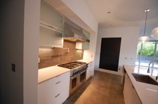 Crisp, Clean & Contemporary - Contemporary - Kitchen - Orlando - by Krista Agapito - S&W Kitchens, Inc.