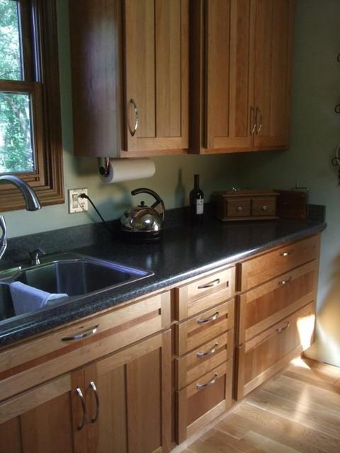 Crockford Kitchen traditional-kitchen