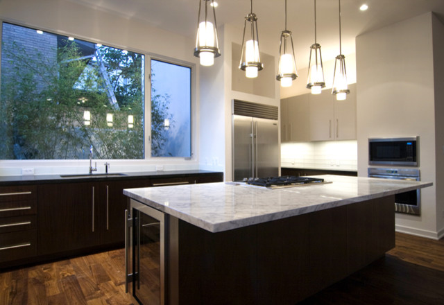 modern kitchen by Croix Custom Homes