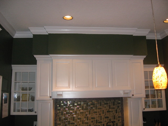Crown Moulding Soffit Traditional Kitchen Tampa By Master Carpentry