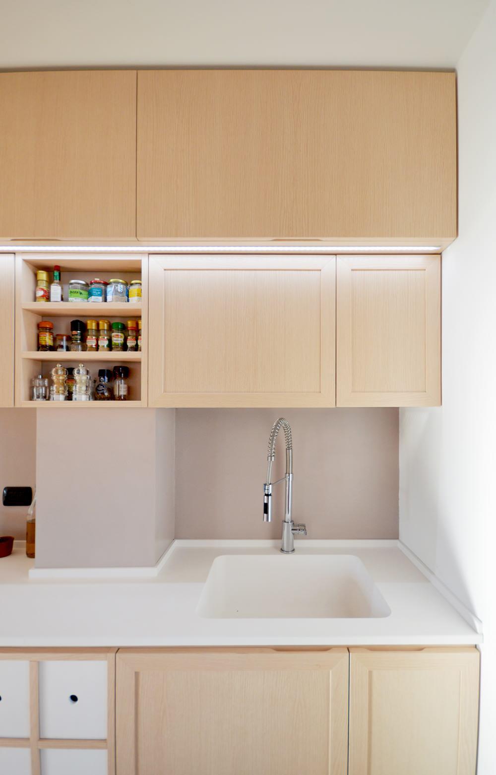 Cucina su misura tra shabby e minimal | 12 mq