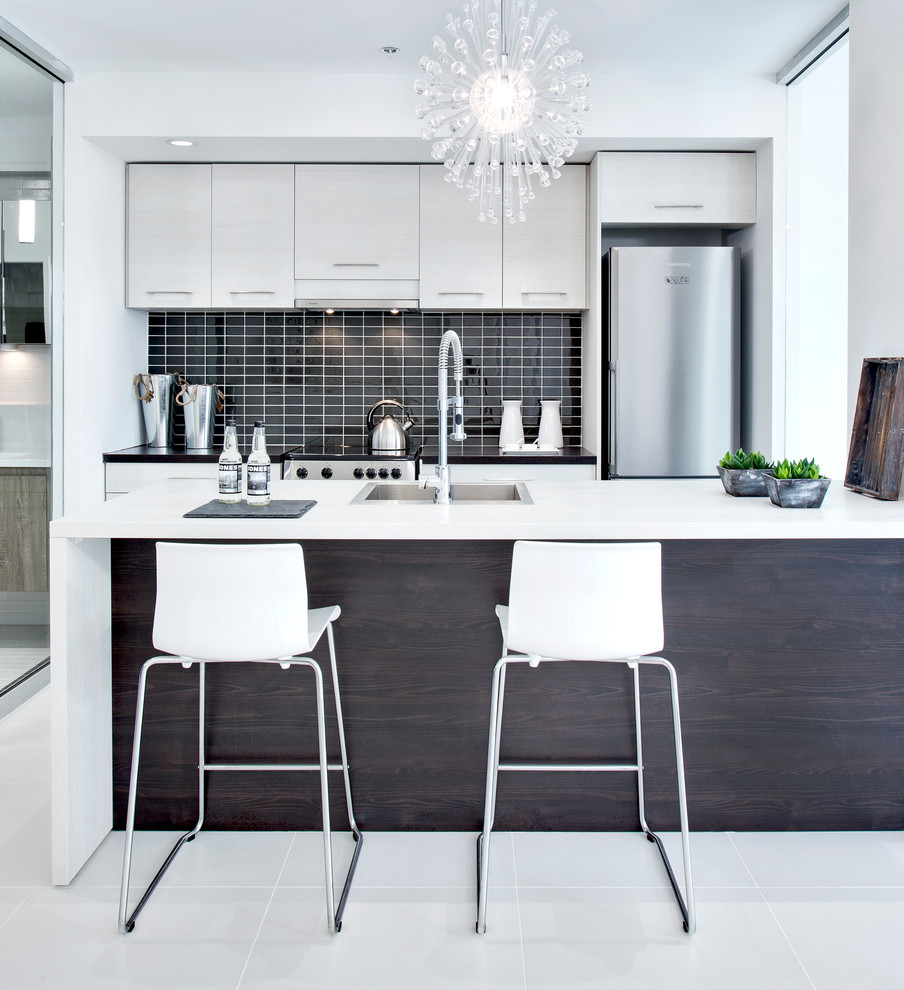 Cuisine Low Cost Mobalpa cuisine mobalpa - contemporary - kitchen - montreal -