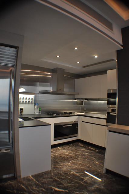 Cullinan contemporary-kitchen