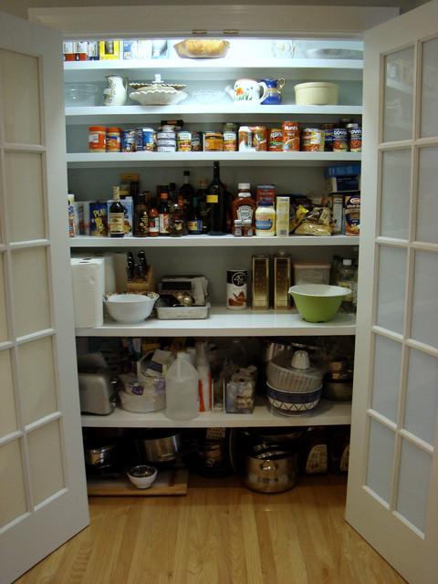 Cumberland Foreside Kitchen traditional-kitchen