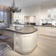 Curved Country Kitchen