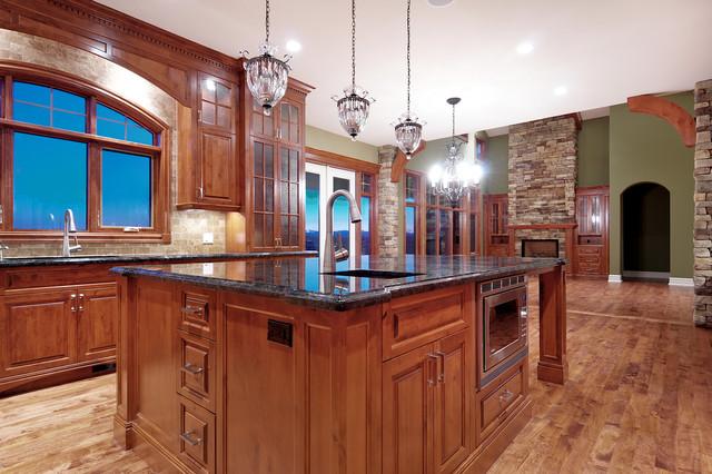 Custom alder kitchen traditional-kitchen