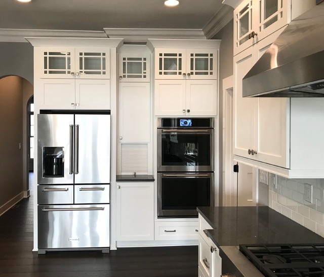 Kitchen Cabinets Indianapolis: Custom Amish Cabinetry And Waypoint Cabinetry- Extra White