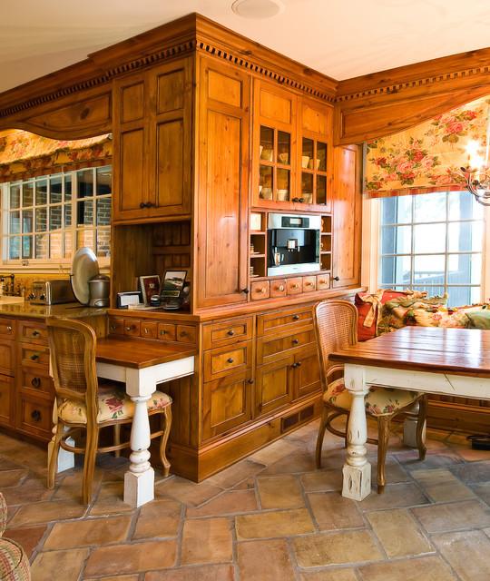 Custom Built-In Breakfast Room