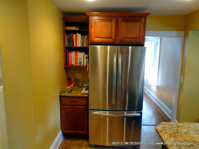 building traditional kitchen cabinets custom built refrigerator cabinets traditional kitchen 4984