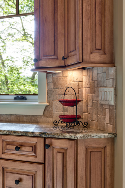 oak kitchen cabinets home design traditional cabinetry