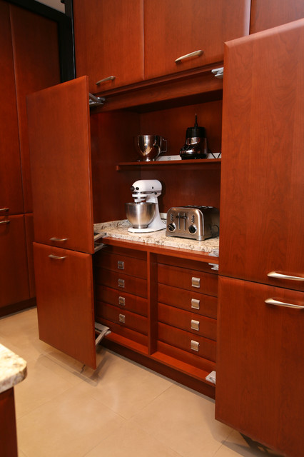 kitchen cabinets with hydraulics