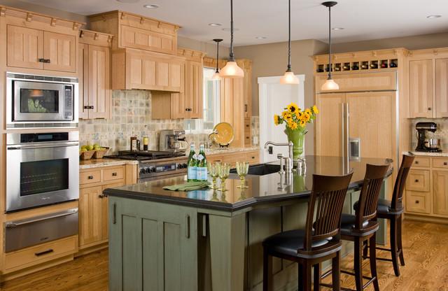 Custom Craftsman traditional-kitchen