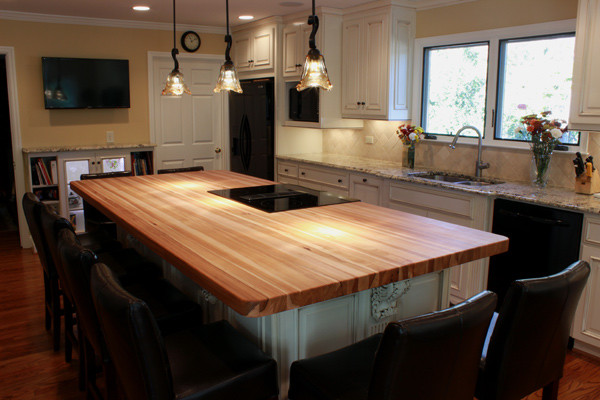 Custom Hickory Bucher Block Kitchen Island Traditional Kitchen Atlanta By J Aaron Custom Wood Countertops Houzz Uk