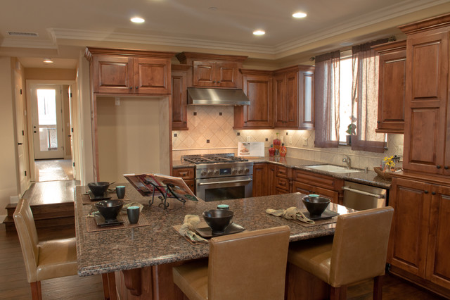 Custom Home Building Interior traditional-kitchen