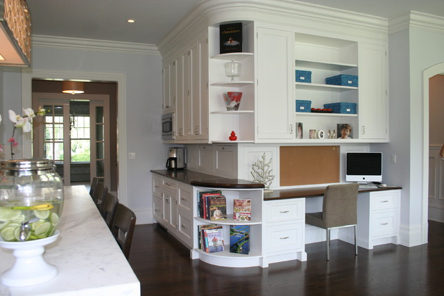 Custom Home In Ct Traditional Kitchen New York By Jwh Design And Cabinetry Llc