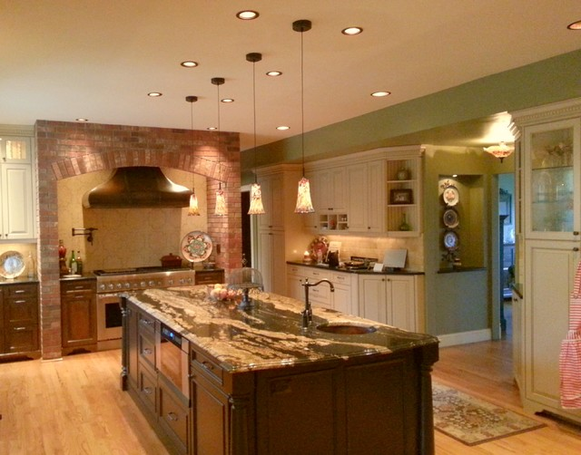 Custom Home Lighitng and Home Automation traditional-kitchen