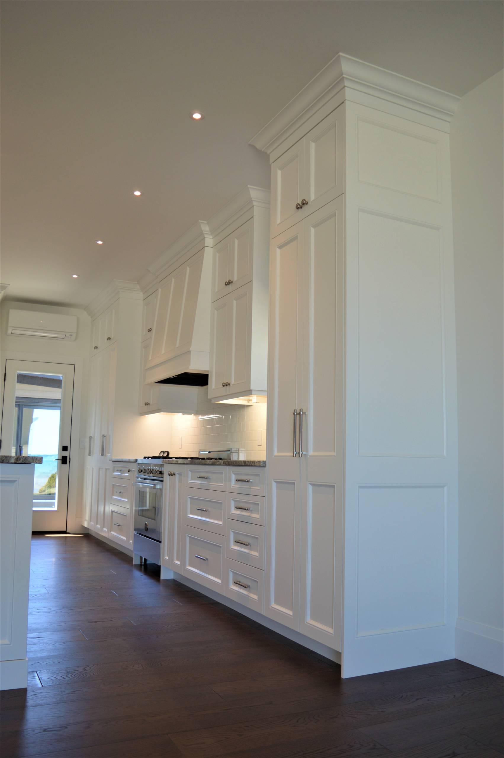 Custom Kitchen and Bar