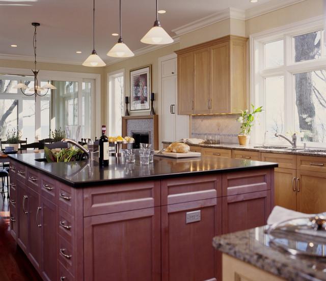 Custom Kitchen Cabinets traditional-kitchen