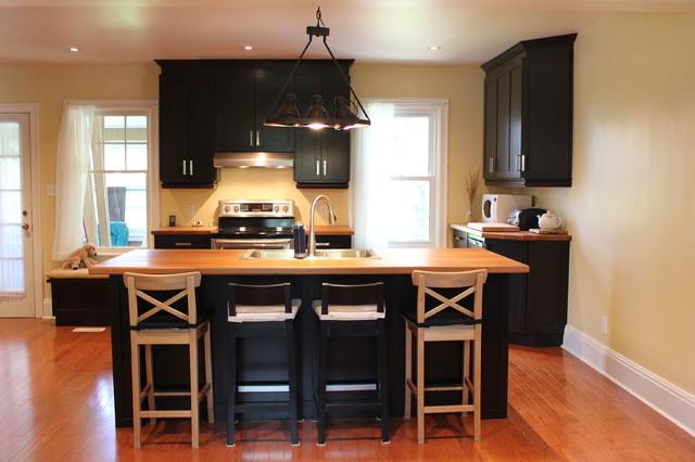 Custom Kitchen traditional-kitchen