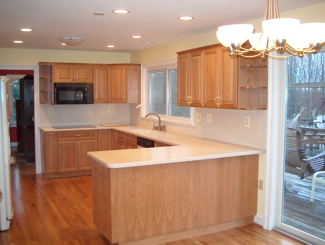 Custom Kitchen w/ Solid Surface Counters & Backsplash traditional-kitchen - Custom Kitchen W/ Solid Surface Counters & Backsplash
