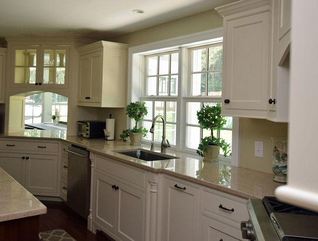 Custom kitchen with gourmet pass through to dining room traditional kitchen burlington - Kitchen dining room pass through ...