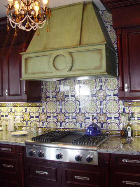 Custom kitchens mediterranean-kitchen