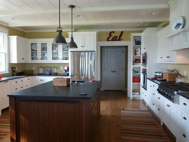 Custom Lake Homes Traditional Kitchen Indianapolis By Constantine Design Group Inc