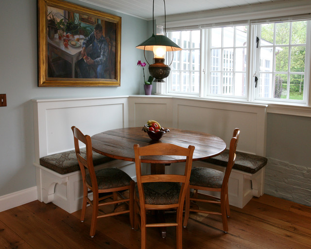 Custom made dining table and banquette. farmhouse-kitchen