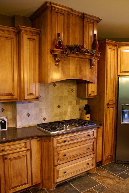 Custom maple cooktop cabinets traditional kitchen Kitchen cabinets 75 off