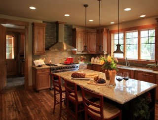 Custom Mountain Home- Suncadia - Traditional - Kitchen - Seattle - by Calista Interiors