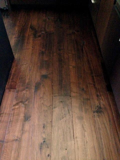 Custom oiled american walnut flooring for Hardwood floor dealers