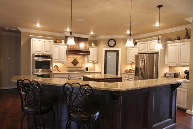 Custom Residence Fountain Hills Estates traditional-kitchen