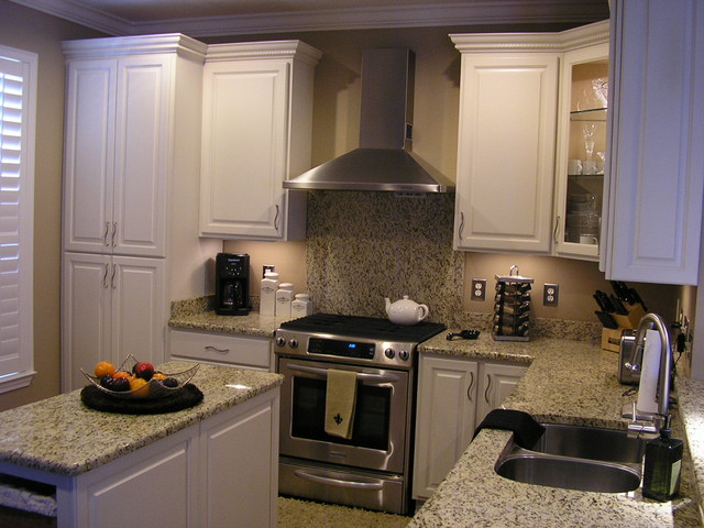 Custom White Kitchen Cabinetry Traditional Kitchen New Orleans By Delta Cabinets Of New