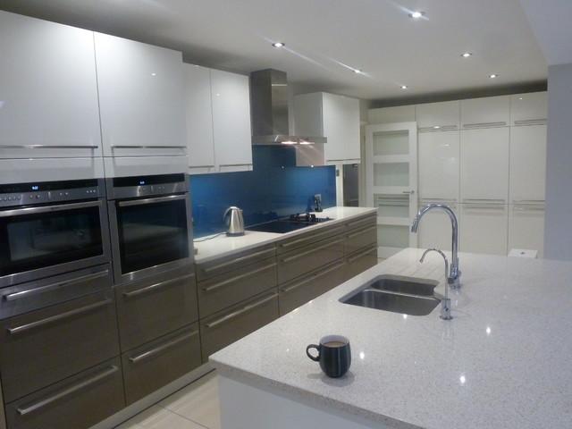 Great In-toto Kitchens Wokingham 640 x 480 · 57 kB · jpeg