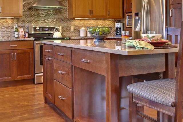 Customized Island Space kitchen