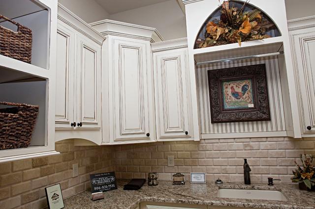 CV Parade Home 2010 contemporary-kitchen
