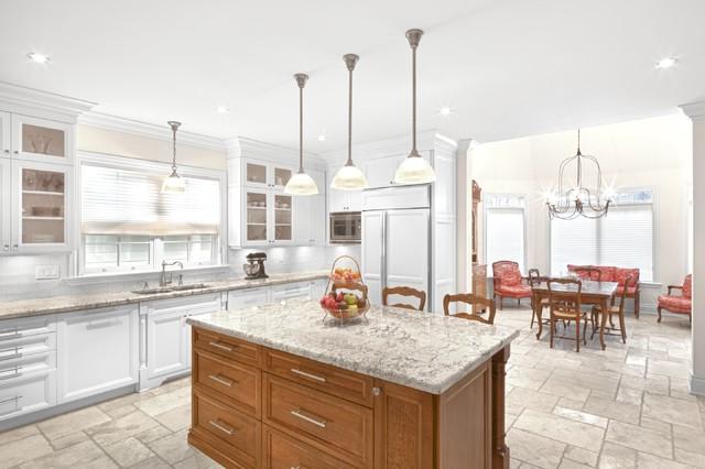 Cynthia Zahoruk Architect Inc. traditional-kitchen