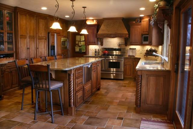 Dakota kitchen and bath kitchens traditional kitchen for Midwest kitchen and bath