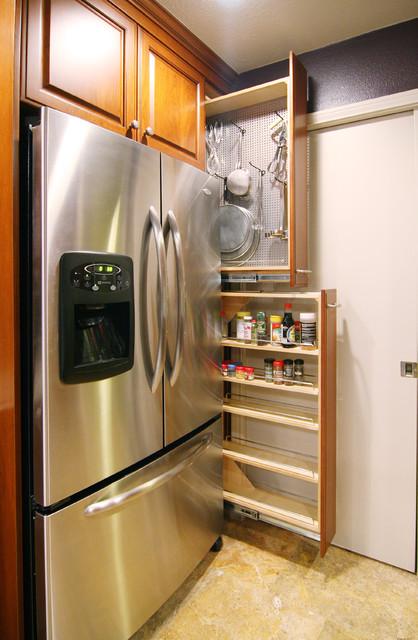 Dallas/ Contemporary traditional-kitchen