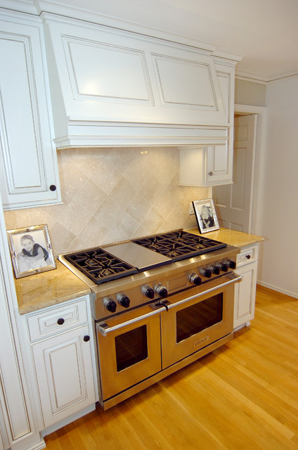 Cooking Center Traditional Kitchen Dallas By Kitchen Design Concepts