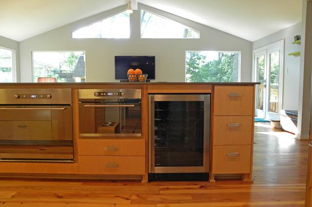 Dallas, TX: Lohse Family contemporary-kitchen