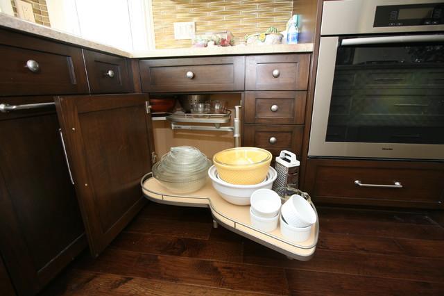 Dana Point 1 traditional-kitchen