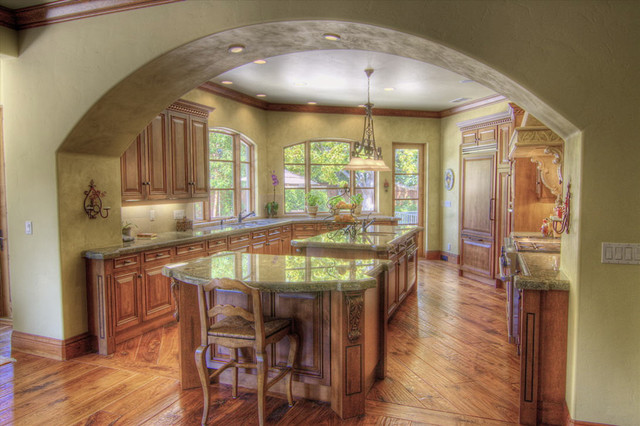 Danenberg design Old world tuscan kitchen designs