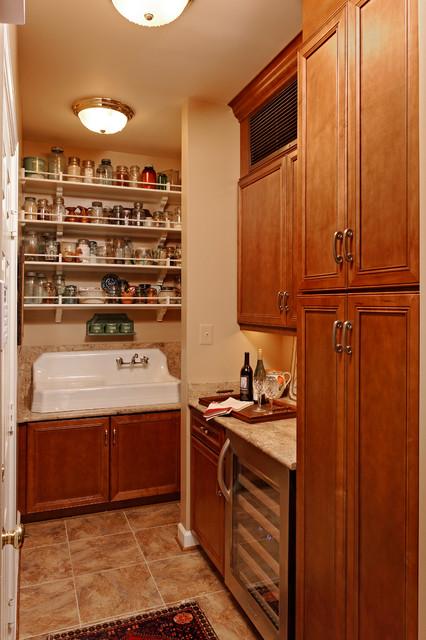 Daniels Design Kitchens traditional-kitchen