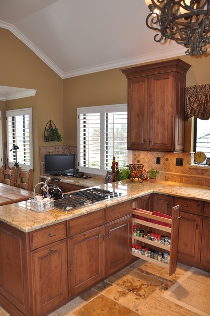 Danville, CA - Kitchen and Wet Bar traditional-kitchen