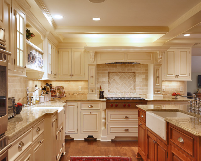 Darien Res. traditional-kitchen