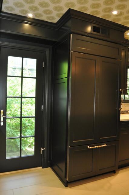 Dark Sexy Kitchen traditional-kitchen