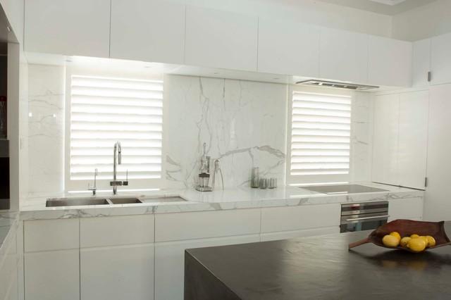 Darlinghurst Apartment Contemporary Kitchen Sydney