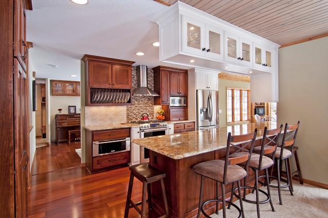 Http Www Houzz Com Photos 6449917 Dasso African Sapele Engineered Wood Floor Traditional Kitchen Minneapolis